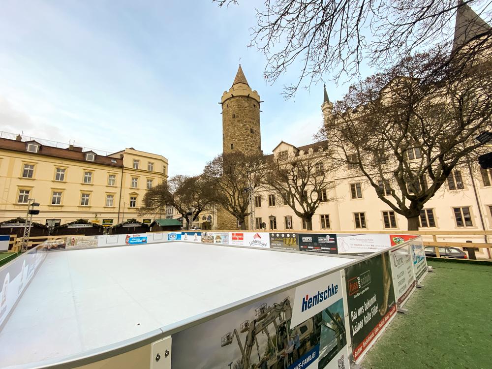 Eislaufen und Eisstockbahn 4