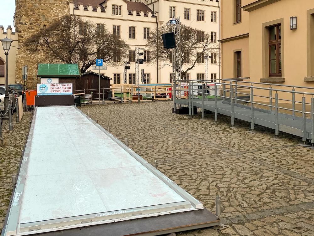 Eislaufen und Eisstockbahn 5